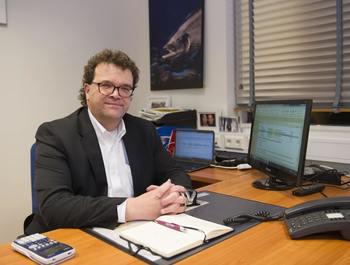 Jonas Jonasson er CEO i Benchmark Genetics-selskapet Stofnfiskur. Han er selvsagt glad for anerkjennelsen de får gjennom prisen. Foto: Stofnfiskur.