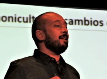 Dr. Jorge León-Muñoz. Foto: Salmonexpert.