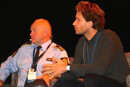 Torleif Fresvik i Økokrim og Thor Jostein Dahle fra Miljødirektoratet. Foto: Andrea Bærland