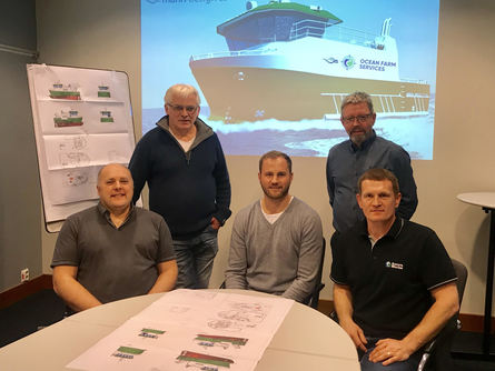 From left: Gibby Clark, Ole Andreas Holm (Marin Design), Håkon Rugland (SYS), Ole Arnt Angelsen (Marin Design), Colin Leask. Click to enlarge picture.