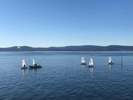 For mange er A-jollene det første møte med seiling i Oslofjorden. Foto: Sigbjørn Larsen.