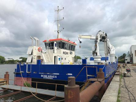 The Beinn Nibheis is fitted with two HS marine cranes, an AKC 145 /20 HE4 and AK 48/18.5 HE.