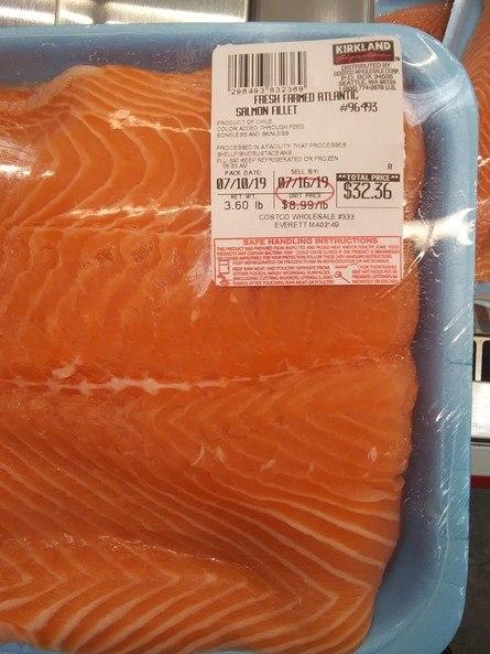 Salmón chileno en supermercado Cotsco de EE.UU.