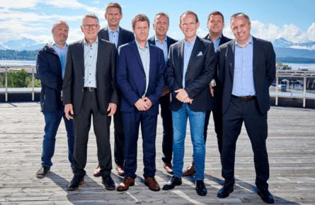 Front from left: Chairman Kristofer Reiten, Frank Småge, Frode Kjølås, Ingjarl Skarvøy. Back row from right: Anders Sandøy, Per Olav Mevold, Peder Stette, Glen Bradley. Click on image to enlarge.