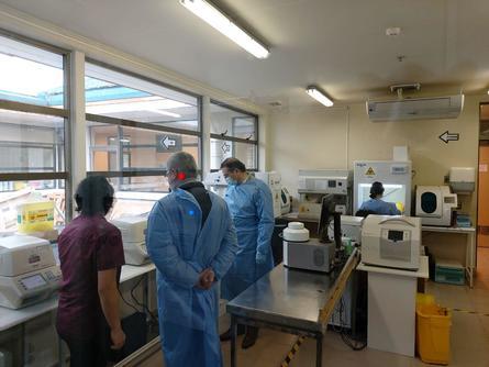 El equipo donado permite la lectura de tests de PCR en tiempo real. Imagen: Skretting.