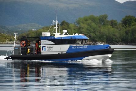 HB 1411 MK2 LDC-ROV «Frøy Odin» under sjøprøver. Foto: Hukkelberg Boats