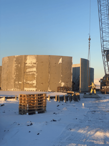 In Kópasker, the company is building eight new tanks that will be filled with 13 degree seawater for optimal growth for the company's smolts. Photo: Ice Fish Farm.