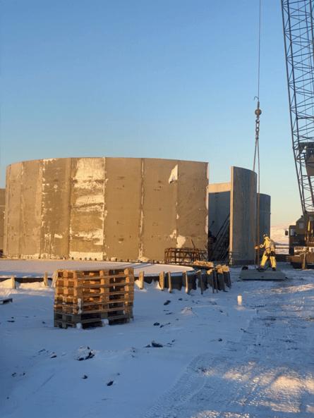 En Kópasker, la empresa está construyendo ocho nuevos tanques que se llenarán con agua de mar a 13 grados, para un crecimiento óptimo de su smolt. Foto: Ice Fish Farm.