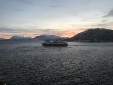 Landskapet er vakkert selv i mørketiden. Foto: Sigbjørn Larsen.