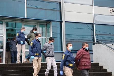Operativo logró la detención de 23 personas. Foto: PDI Los Lagos.