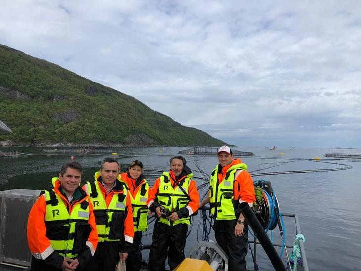 Salmonicultores chilenos visitan centros de cultivo noruegos