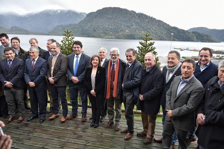 Salmonicultores se comprometen a que sus inversiones queden en Aysén