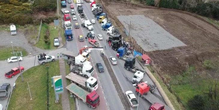 Salmonicultores valoran fin del paro de camioneros pero advierten daño reputacional