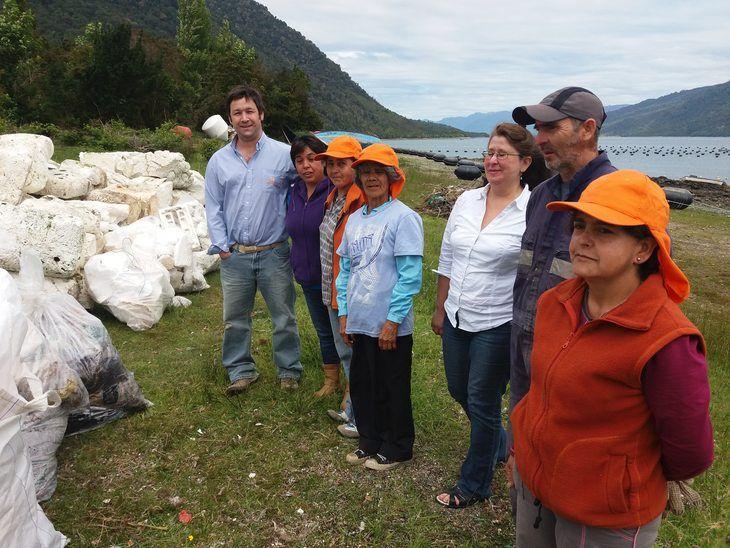 Acciones comunitarias de salmonicultores en Chile aumentan casi 30%