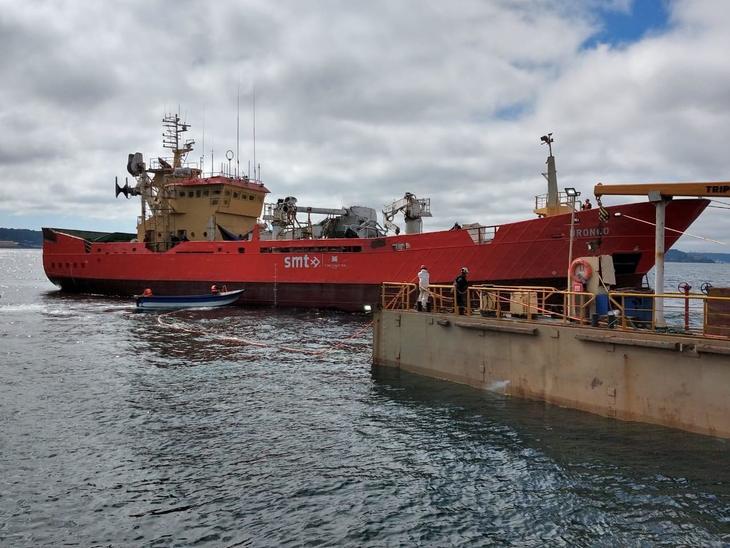 Fiordo Austral potencia traslado de silo y mortalidad masiva con nueva nave mayor