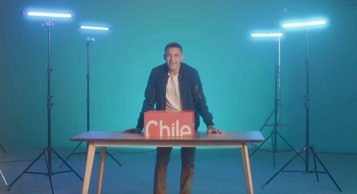 Alexis Sánchez protagoniza campaña para promocionar salmón chileno y otros envíos