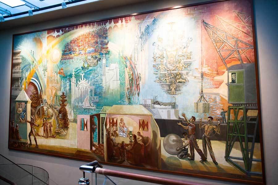 Per Krohg-maleriet «Drømmenes reiser» får nytt liv på dekk 10 på MS «Bergensfjord». Den andre av Fjord Lines to nye cruiseferger er i ferd med å bli ferdigstilt ved Bergen Group Fosen. (Foto: Jan Petter Selbekk).