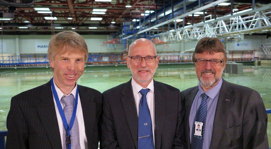 Professor Sverre Steen ved NTNU leder Rolls-Royce University Technology Centre i Trondheim til daglig, Rune Garen er prosjektets eier hos Rolls-Royce, og Oddvar Eide er direktør for Marintek.