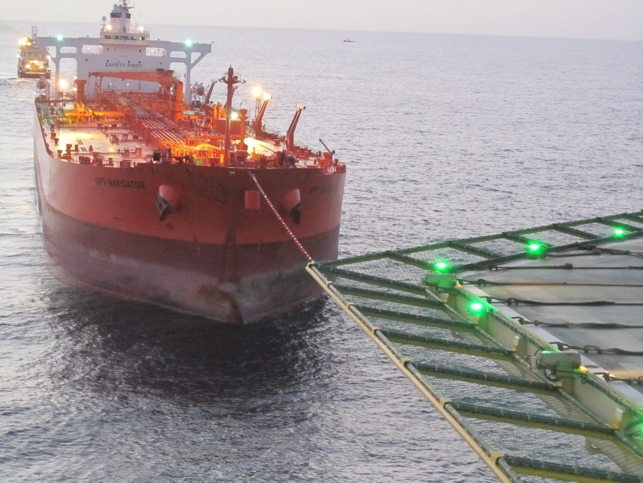 The first cargo of crude oil from Peregrino was shipped on 17 june 2011 by the SPT Navigator tanker. Around 380,000 barrels of Peregrino crude were sent on their way to the uS market. Photo: Jose A. Seba/Statoil