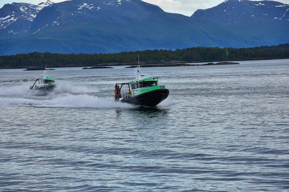 Begge fartøyene i aksjon hos FSV Group. Foto: FSV Group