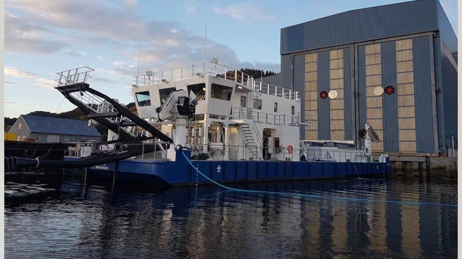 Vaagland Båtbyggeri AS bygger Salmars andre lekter med Hydrolicer. Foto: VB.