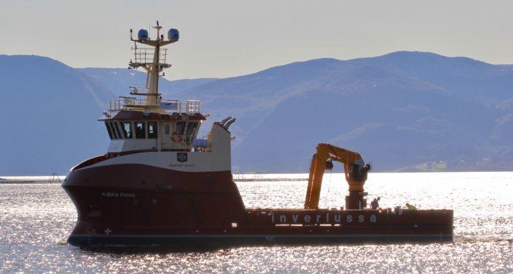 Arbeidsbåten Kiera Fiona er nå overlevert til Inverlussa. Foto: Inverlussa.