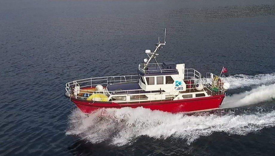 Njord Aqua har base på Tysnes i Hordaland og ble etablert i november 2015. Her ser du bilde av arbeidsfartøyet deres brukt i forbindelse med inspeksjoner. Foto: Njord Aqua.