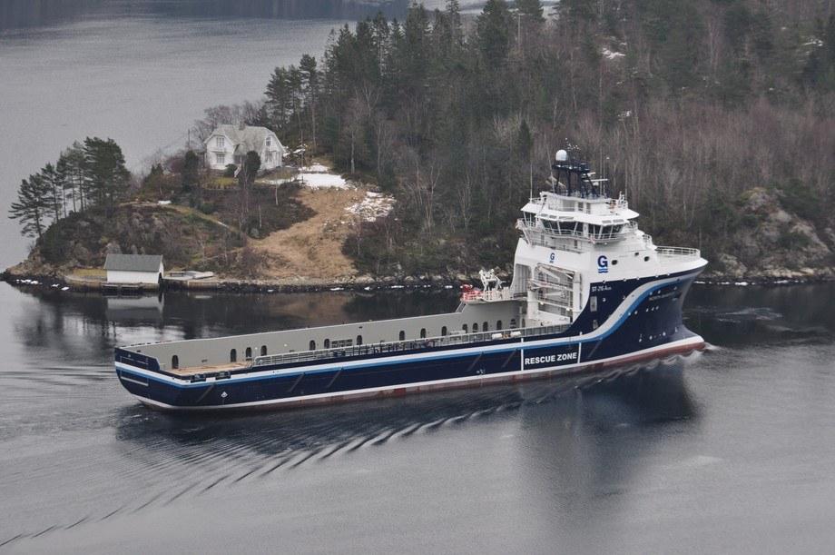 Oppmalt i rederiets typiske farger er «North Barents» lett identifiserbar.