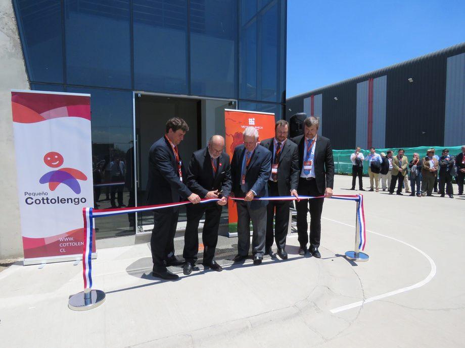 Inauguración de nuevas instalaciones de Veterquimica en Santiago. Imagen: Erich Guerrero, Salmonexpert.