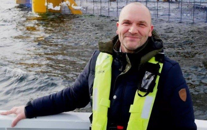 – Jeg gleder meg virkelig til å snakke digitalisering med en så innovativ og viktig bransje, sier Rune Wilhelmsen, leder for Telenors ferske satsning Smart havbruk. Foto: Telenor.