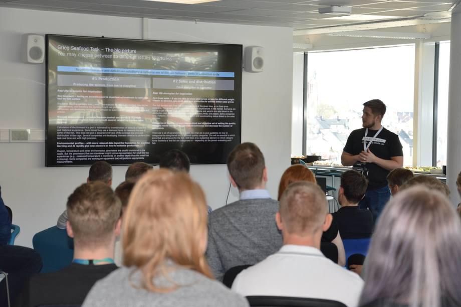 <p>Emil Lindfors, prosjektleder for AquaHack 2018. Foto: Ole Andreas Dr&oslash;nen.</p>