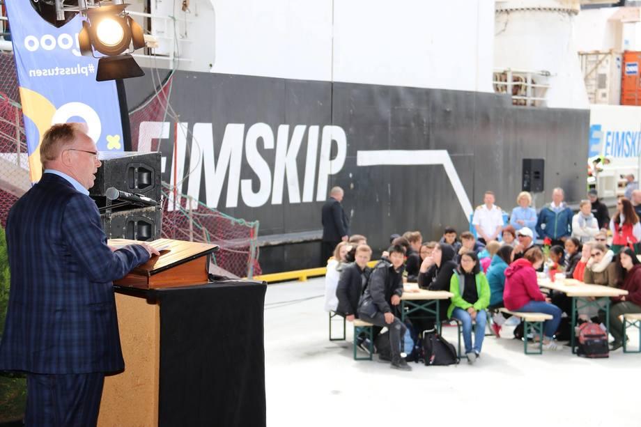 <p>Fiskeriminister Per Sandberg fikk æren av å åpne Kråkøya Kysthavn. Foto:Nord-Trøndelag Havn Rørvik IKS.</p>