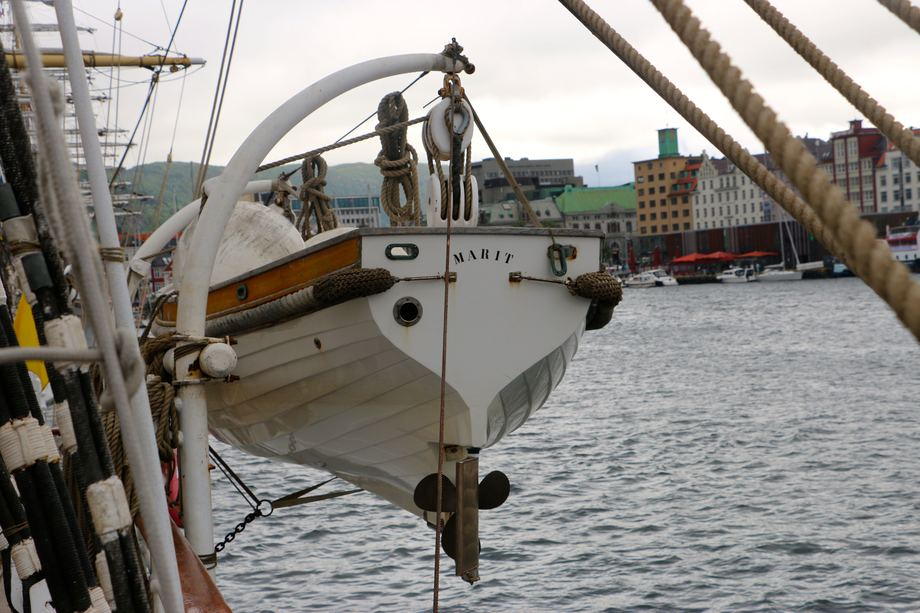 """<p>...og """"Marit"""". Oppkalt etter skipets beskytter Kronprinsesse Mette-Marit. Foto: Andrea Bærland</p>"""