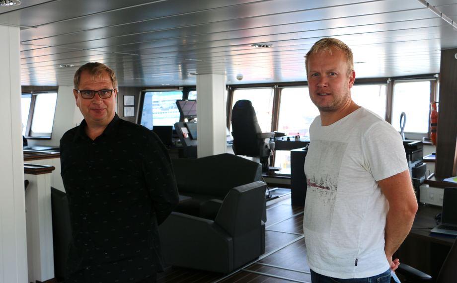 <p>Fra venstre: John Gerhard Aasen og Rune Kleppe er straks klare for sin siste tur ut med &ldquo;Johan Hjort&rdquo;. Foto: Andrea B&aelig;rland</p>