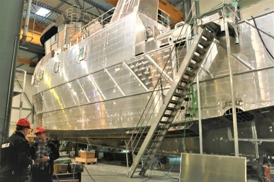 Norges største aluminumkatamaran til oppdrett er under bygging ved Grovfjord Mek. Verksted. Foto: Sigbjørn Larsen.