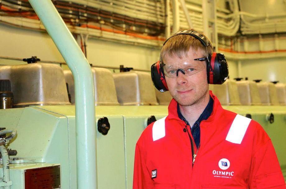 <p>Maskinsjef Petur Dahl har jobbet om bord siden b&aring;ten var ny i 2008. Foto: Andrea B&aelig;rland</p>