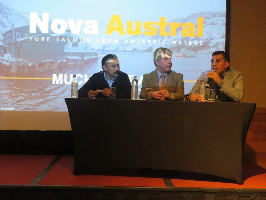 De izquierda a derecha: Óscar Garay, Nicos Nicolaides y Rubén Avendaño. Foto: Jonathan Garcés, Salmonexpert.