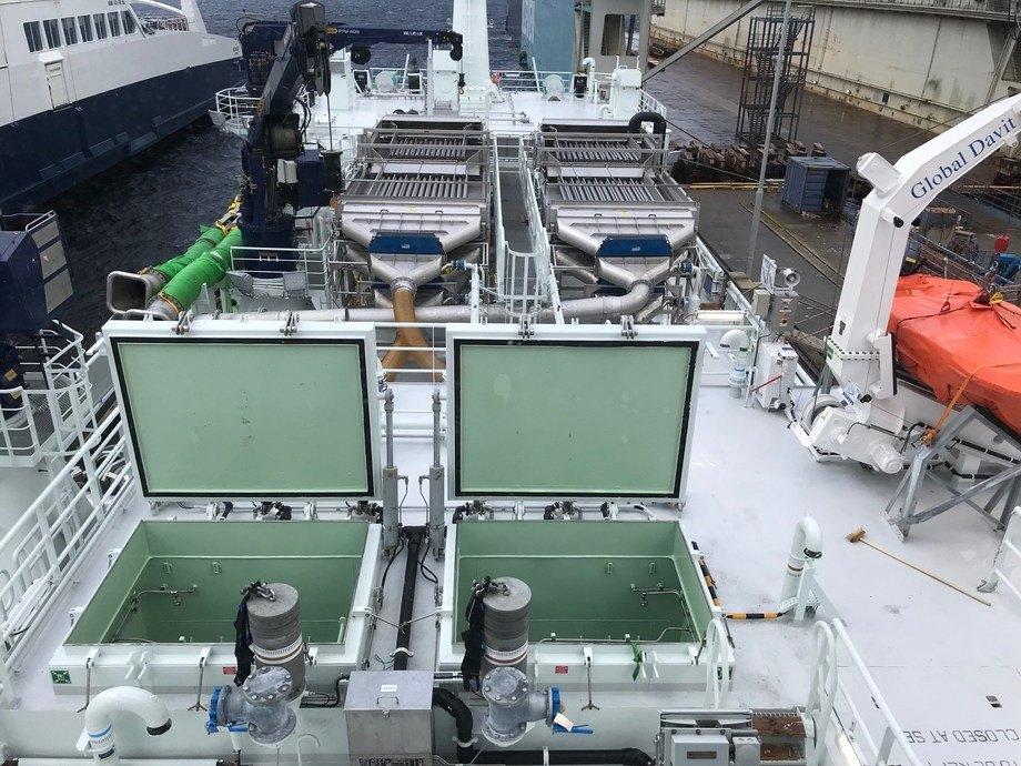 Det er en velutstyrt brønnbåt med lastekapasitet på 3000 m3 som er levert.