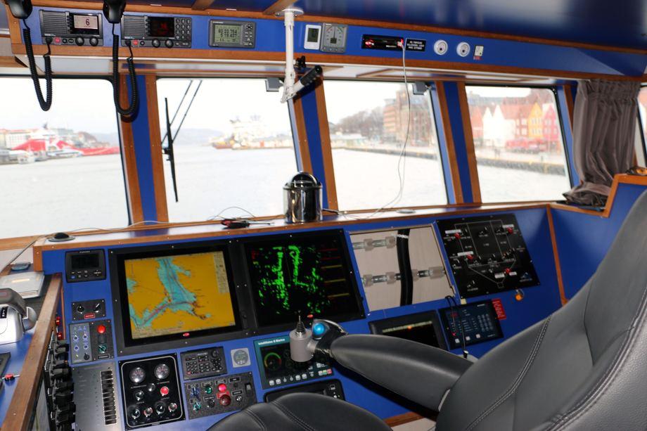 <p>B&aring;ten er utstyrt med&nbsp;Olex kartsystem, som var innom for vedlikehold mens b&aring;ten l&aring; i Bergen. Foto: Andrea B&aelig;rland</p>