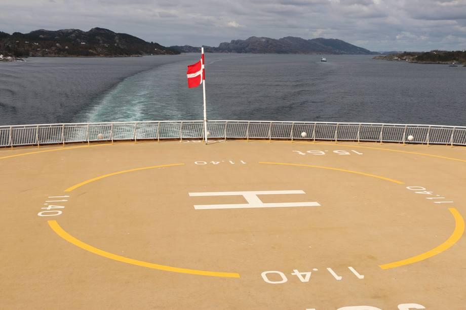 <p>Skipet har plass til å lande et helikopter ved behov</p>