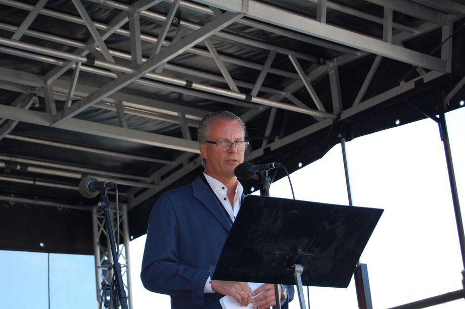 <p>Eier av Fred - Johan E. Andresen holdt også tale under åpningen. Foto: Harrieth Lundberg</p>