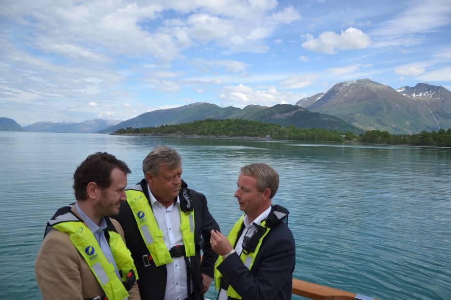 <p>Direkte Facebook-sending om oppsummering av besøket hos Eide Fjordbruk.</p>