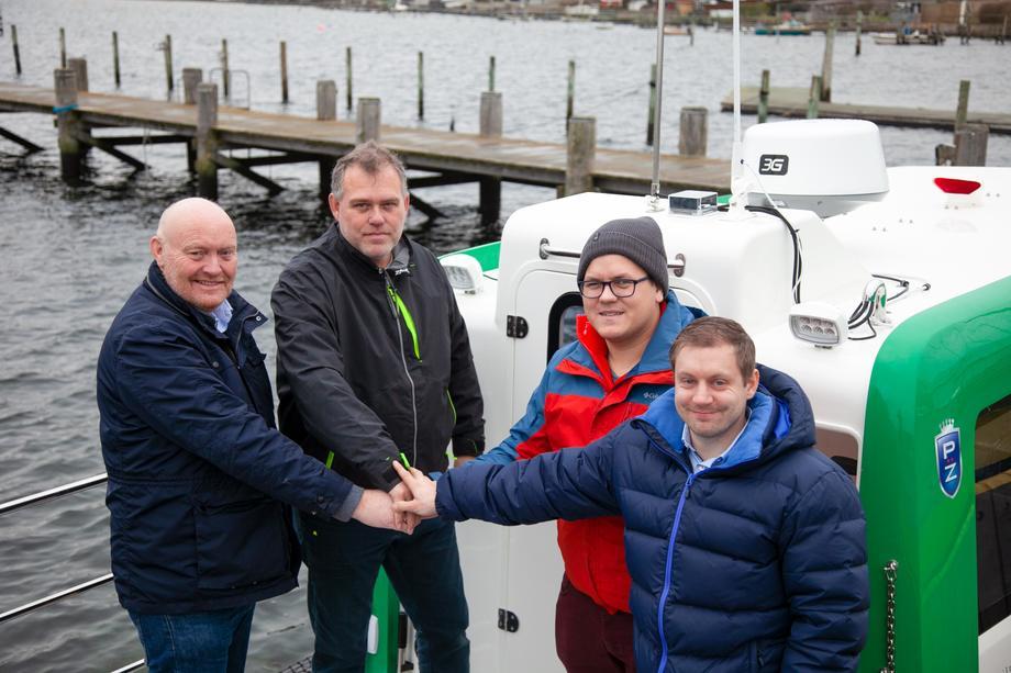 Fra venstre: Kjetil Nygård, Daglig leder ProZero Norge. Henrik Sonne, Senior Project Manager Tuco DK. Johannes Møgster, Daglig leder Havkar Drift, og Kenneth Seljen, driftsteknikker Havkar Drift.