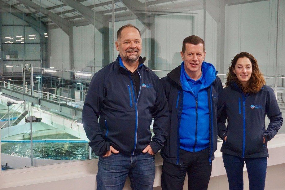 From left: Pål Tangvik, Jim Gallagher and Barcaldine operations manager Noelia Rodriguez. Photo: SSF.