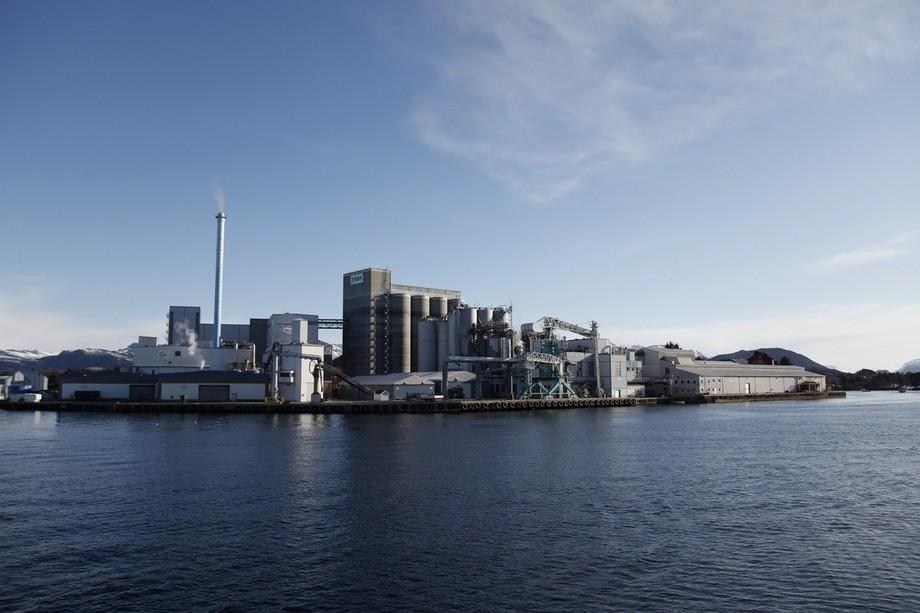 Her fra Ewos / Cargill i Florø
