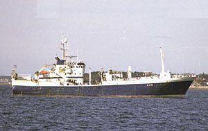 """Dette bildet av """"Midøy Viking"""" er tatt i 2002 i forbindelse med en større ombygging.(Foto: Ill. Norsk Skipsliste)."""