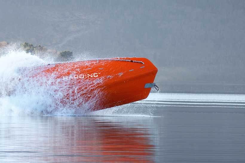 Livbåtprodusenten Palfinger Marine Safety AS må kutte kostnader etter store underskudd de siste årene. Foto: Palfinger Marine Safety