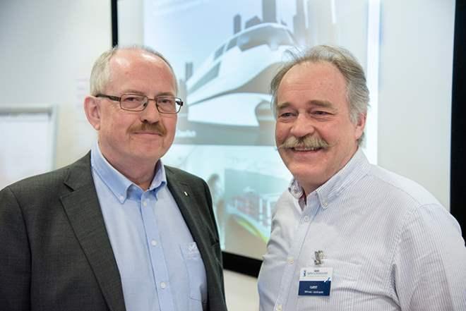 Teknisk direktør i Sjøfartsdirektoratet Lasse Karlsen meiner at det er viktig at kunnskapen om bruk av batteri i skip bli utnytta og videreutvikla.  Her med Nils Aadland, NCE Maritime CleanTech. (Foto: Sjøfartsdirektoratet)