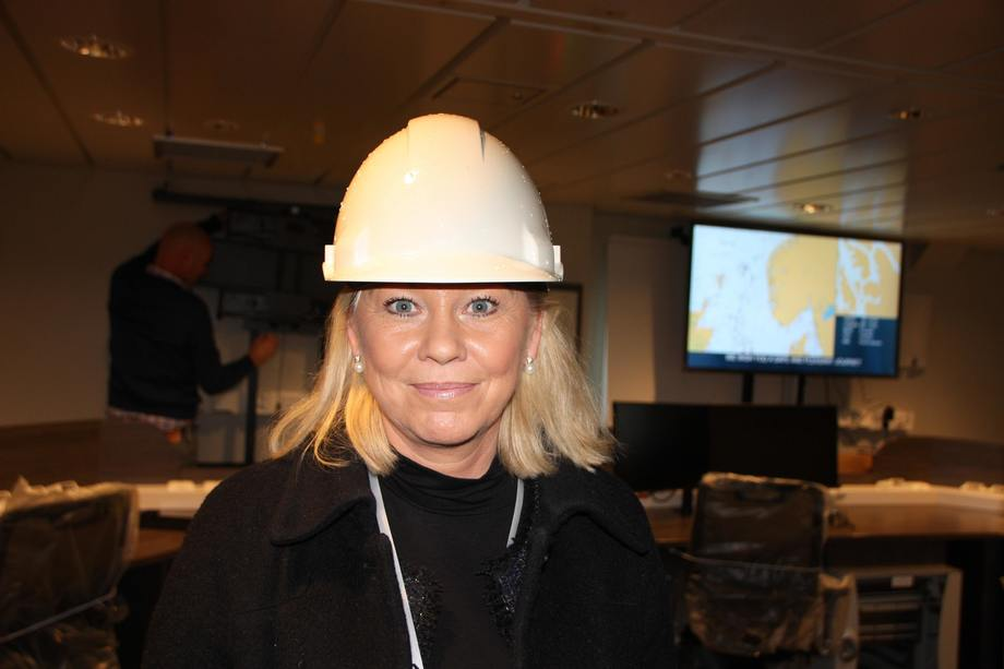 Monica Mæland om bord på forskningsfartøyet