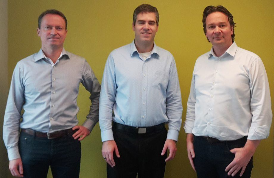 På bildet: fra venstre CFO Maritech Jøran Nyheim - Managing Director WiseDynamics Blair Shelton  - CEO Maritech Arne Lie Gundersen